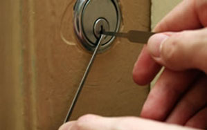 Door locks Horley